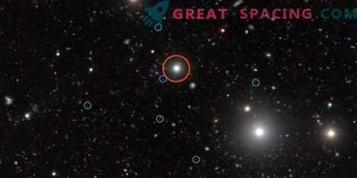 Ein Radio-Relikt wurde in einem Cluster mit geringer Masse gefunden.