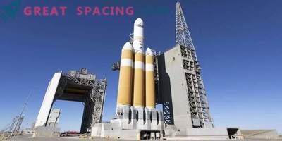 Saturday launches secret American satellite